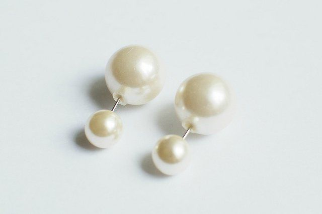accessories fashionable pearls earrings make