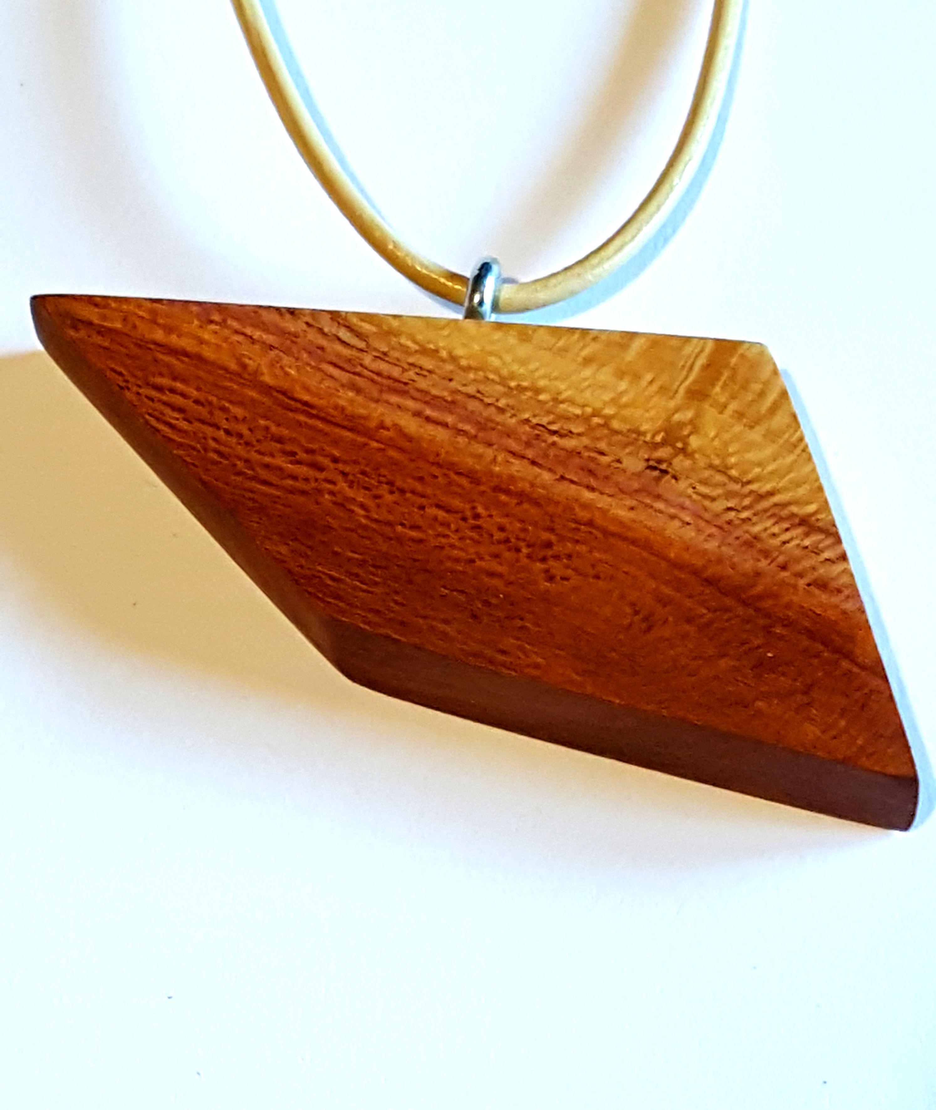 pendant wood necklace