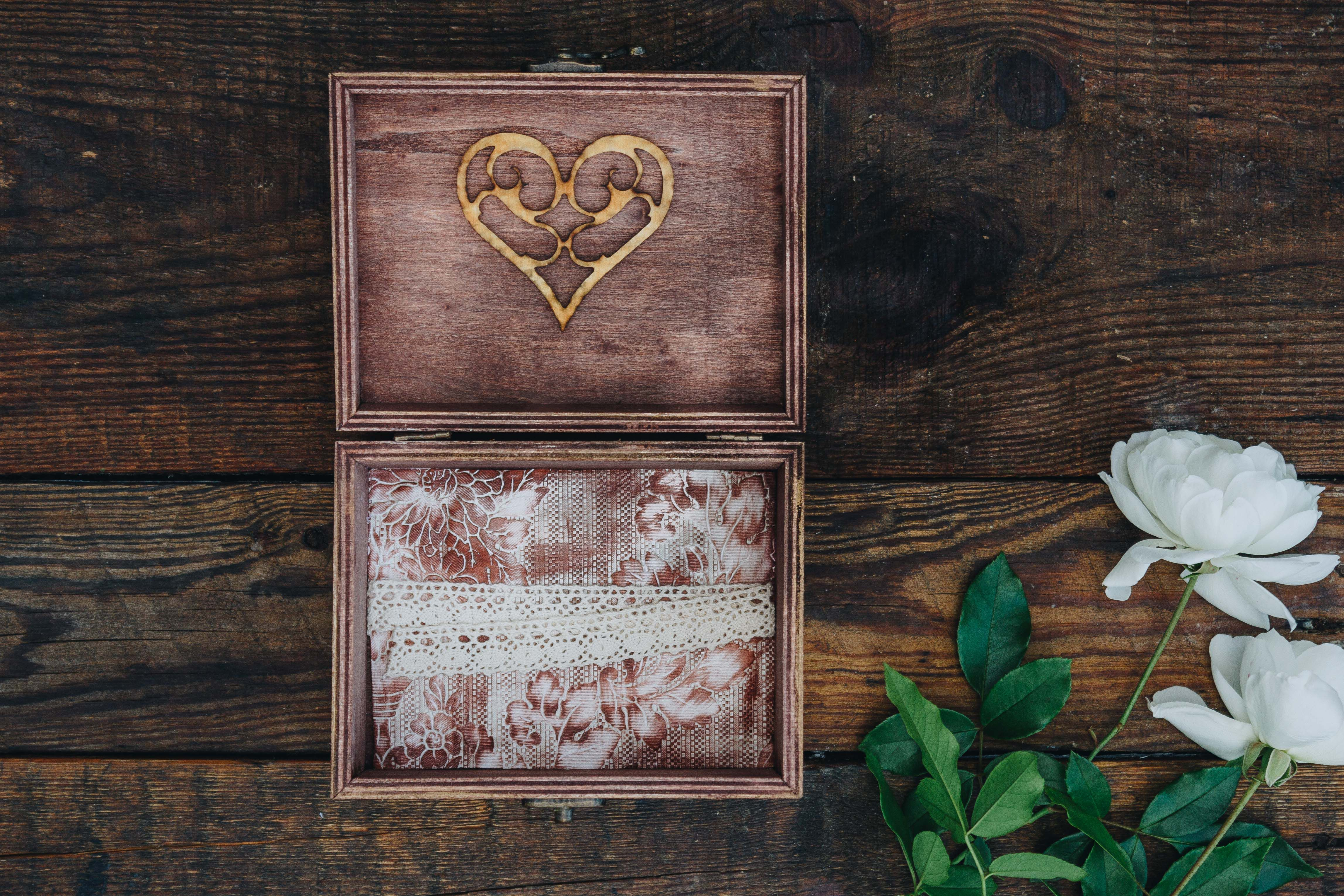 wedding gift present wood wooden box anniversary photos