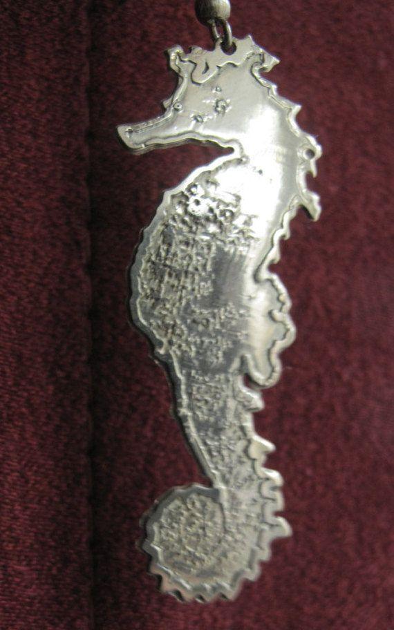 nature seahorse earring
