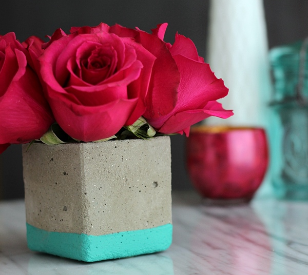 beautiful vase minimalistic concrete handmade flowers tutorial modern simple