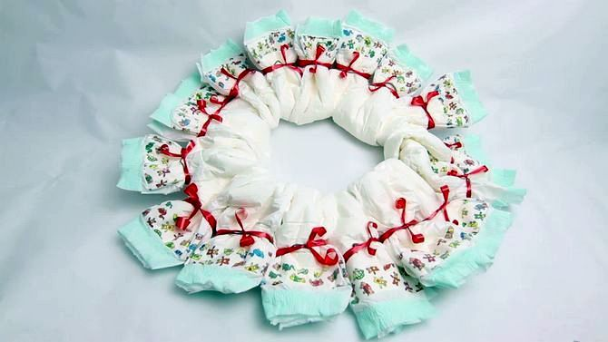 diaper wreath ribbon unusual make