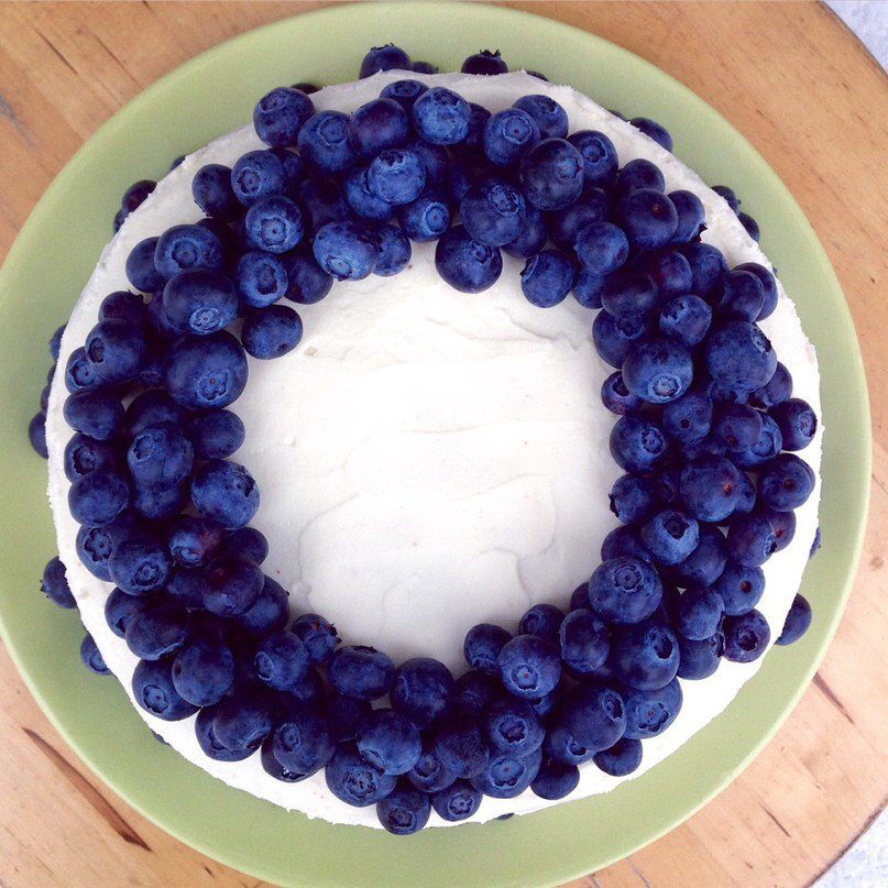 cake yammy cookery biscuit blueberries