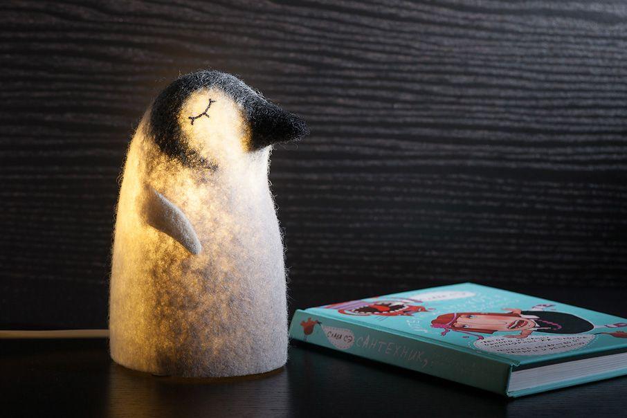 interior grey felt light nightlamp pinguin lamp white black