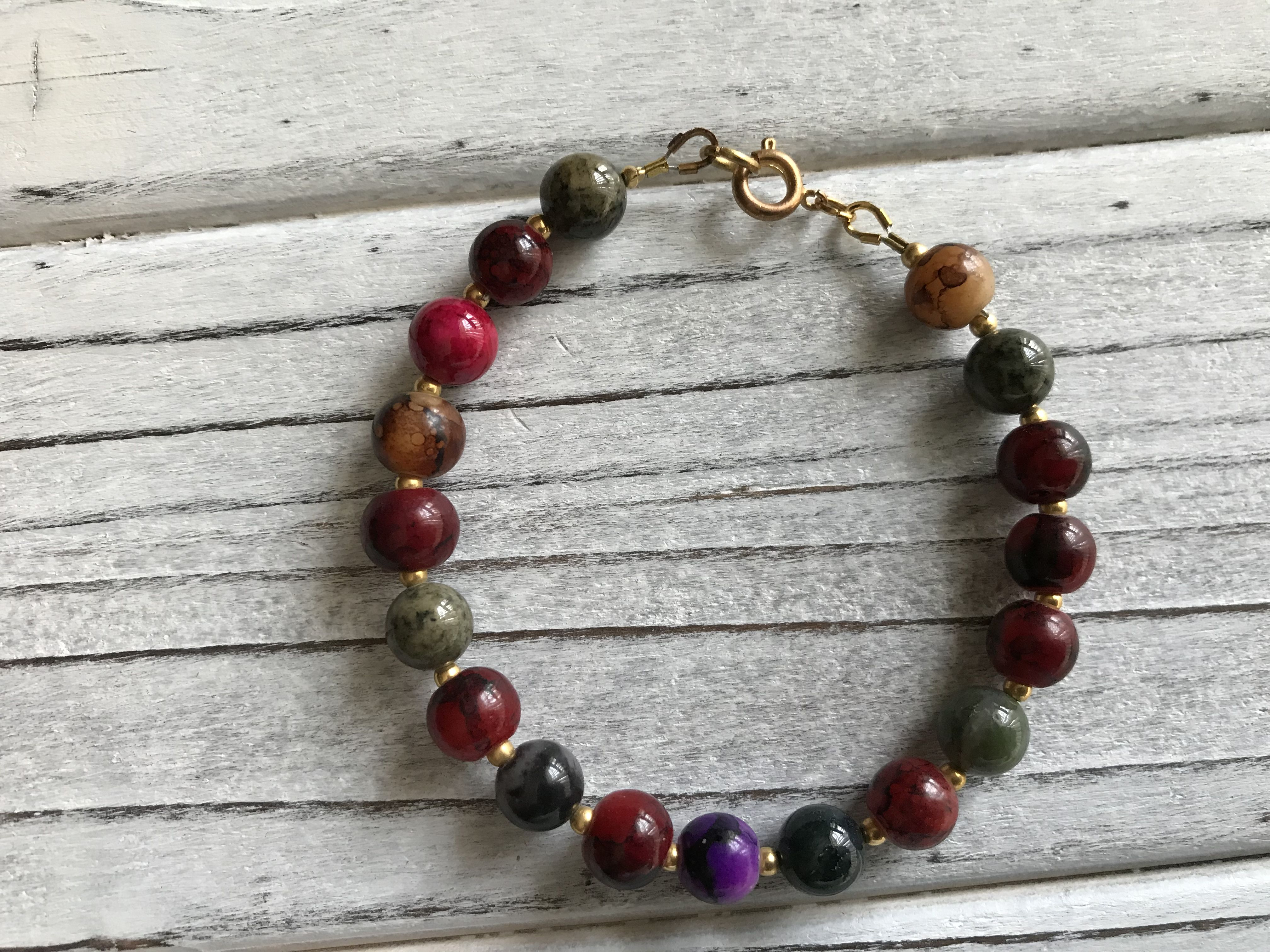 bohostyle bohemian unique clasp healingstones naturalstone stretch gemstones positiveenergy giftsforall