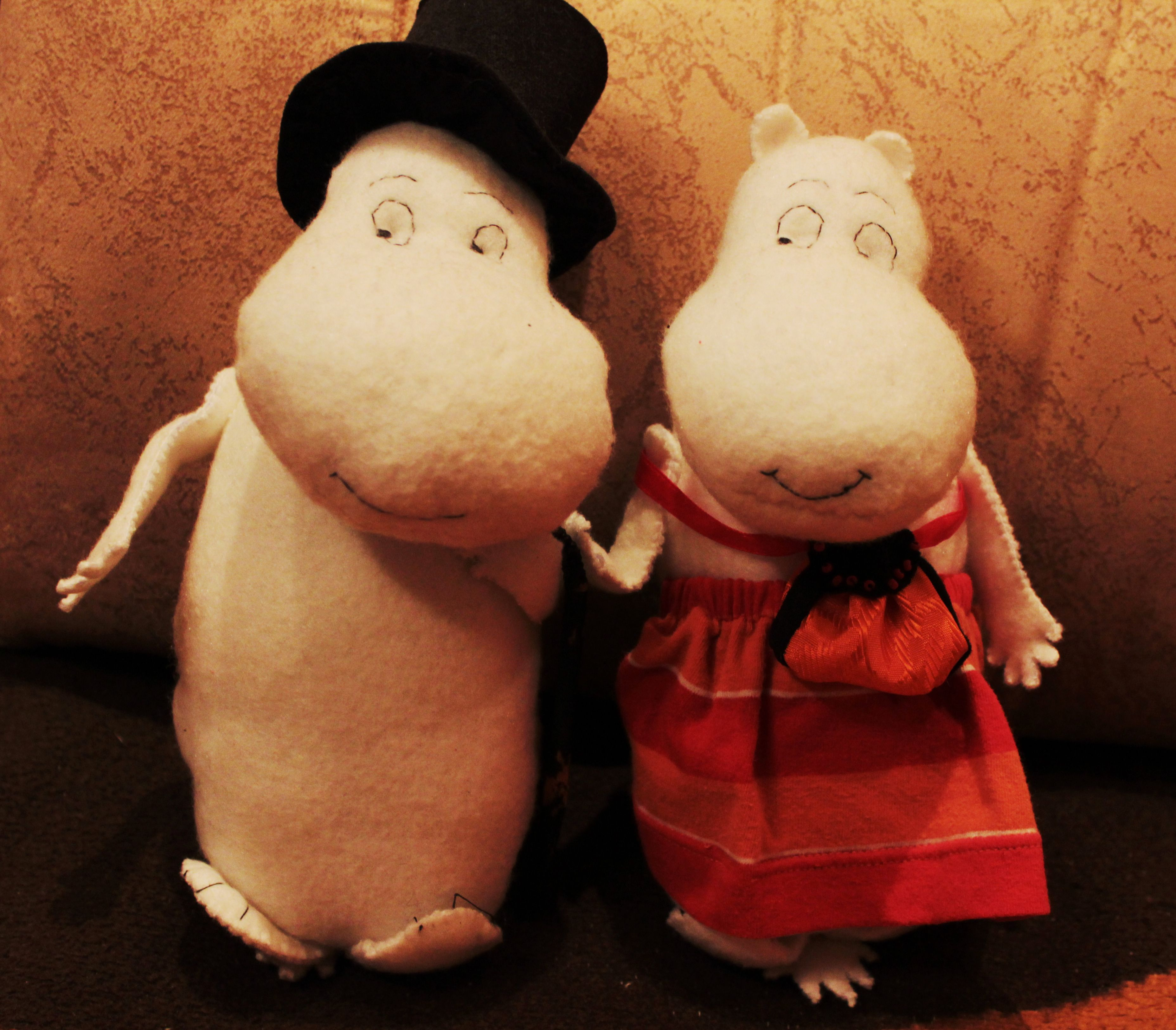 tovejansson mom toys dad moomin