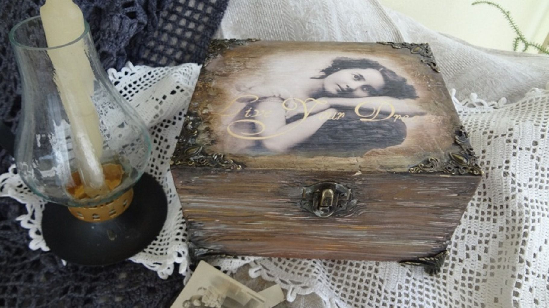 handmade girl casket old figts