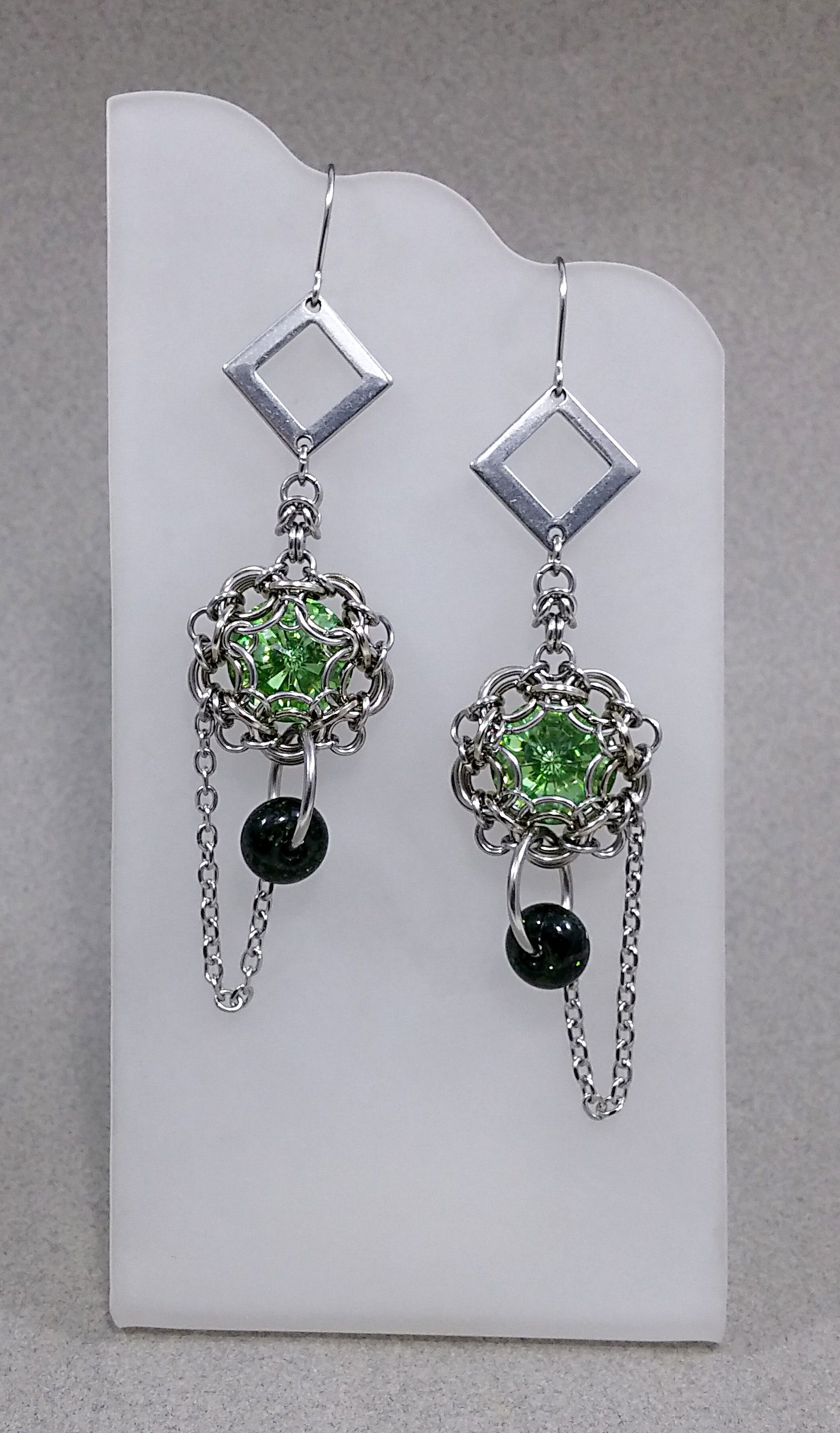 festije chainmaille artisanjewelry hypoallergenic earrings green swarovski metal chainmail stainless