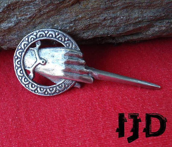 hand brooch pin jewelry game king thrones the got stark medieval lannister tyrion lanister tywin