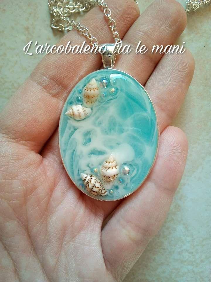 shell pendant resinjewelry marinependant seawater watereffect necklace