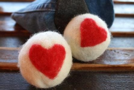 make dryer felting wool balls