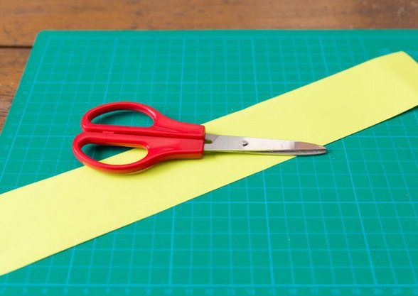 garland people crafts paper make
