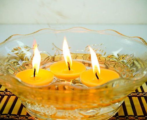 floating romantic unusual candles