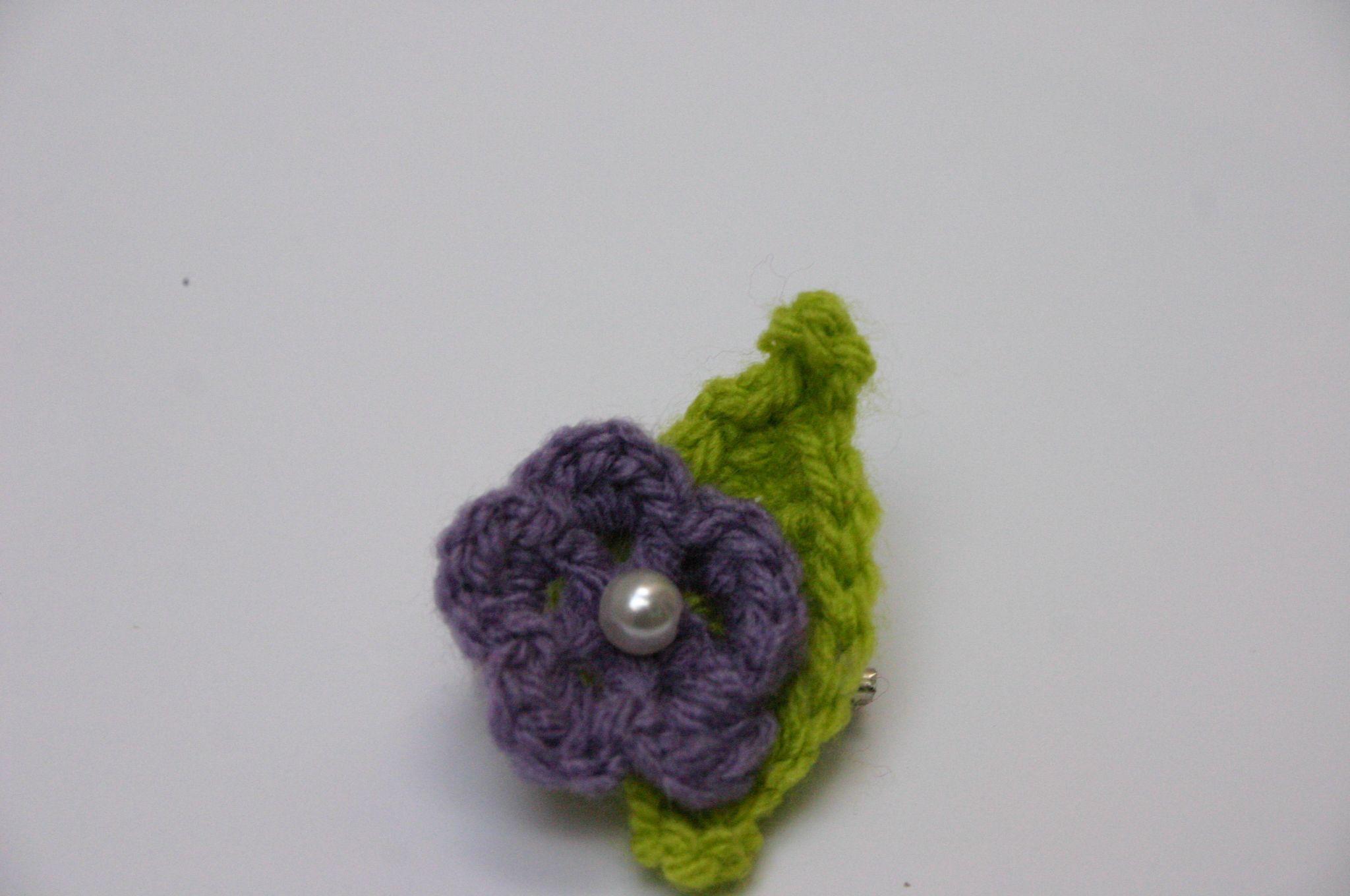 handmade boho flower brooch cotton pattern jewelry crochet plant accessory