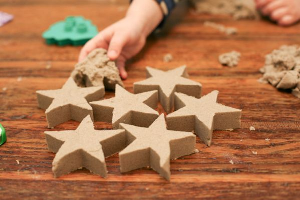 sand kineticsand activities diychildren fantasy bestmom handmade handicraft hobby homemade idea creativeidea play game