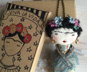 Dolls & Miniatures