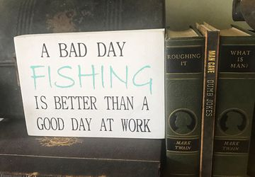 Fishing sign | A bad day fishing is better than a good day at work sign | fathers day signs | unique father's Day gift | fishing lover gift