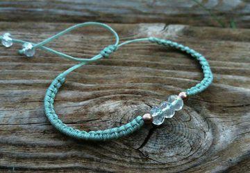 Mint Minimal Crystal macrame bracelet