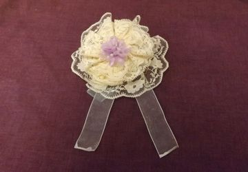 Beautiful cream & lilac lace hair clip