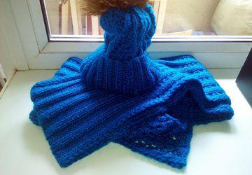 A blue winter set