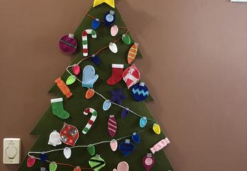 Felt Christmas Tree Decorating Activity