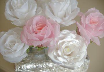 Textile roses