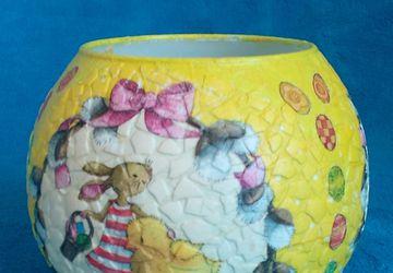 A round vase (decoupage)