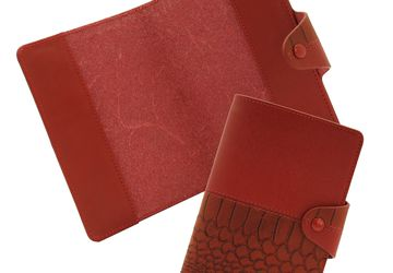 Leather passport cover Cangurione 3326-006 DP ANC Red