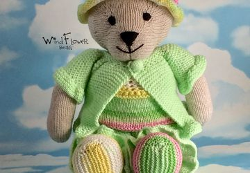 Hand crafted, one of a kind teddy bear - Lettuce.