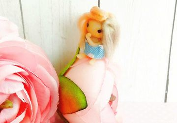 Miniature art doll