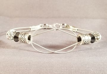 "Guitar String Bracelet ""Simple Knot"""