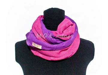 "A neckwarmer ""Lily"""