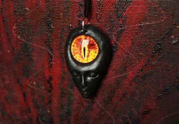 Dragons eye pendant amulet