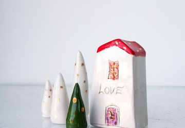 LOVE little Clay House, Motivational cermic house,  Handmade tiny ceramics sculptures, maison miniature céramique