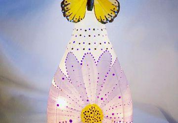 Purple daisy bottle