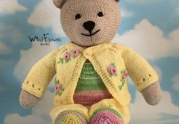 Hand knitted one of a kind teddy bear - Celandine.