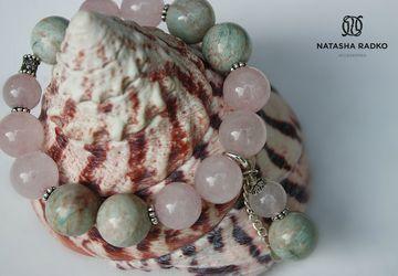 Wristlet with natural amazonite and rose quartz