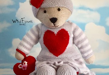 Hand knitted one of a kind teddy bear - Lovage.
