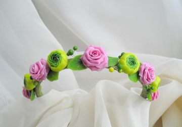 Wreath headband with flowers (cold porcelain)