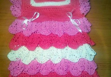 A dress for a girl (up to 8 months)