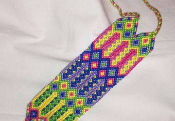 Wayuu knotted bracelet