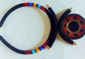 African beaded statement necklace for women  with a pair of earings