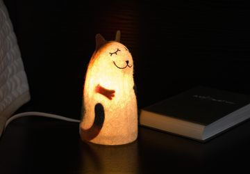 Matilda Cat felt lamp