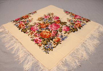 "Headscarf ""Spring flowering"""