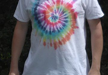 Miniature Rainbow Tie Dye T-shirt