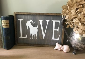 Love Goat Sign | Wooden Goat Sign | Goat Racing| Farmhouse Sign | Housewarming Gift | Goat Barn Sign | Goat Lover Sign | Animal Art