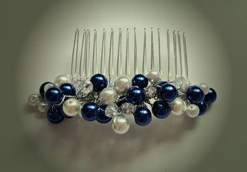 Navy and pearl haircomb