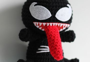 Venom Spiderman - Marvel - Plushie - Amigurumi - Stuffed Toy - Doll - Handmade - Softies - Gift Baby Crochet Knit Plush - Characters Cosplay