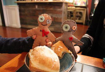 Adult Krafting: Voodoo Dolls!