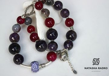 Wristlet with amethyst and agate
